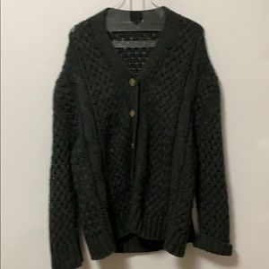 BRANDY MELVILLE CABLE KNIT SWEATER Size ONE Size